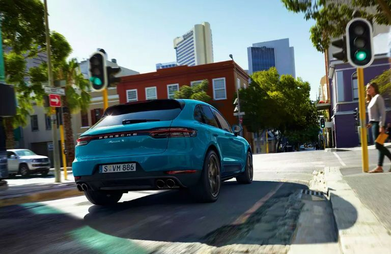 rear three quarter photo of 2019 porsche macan