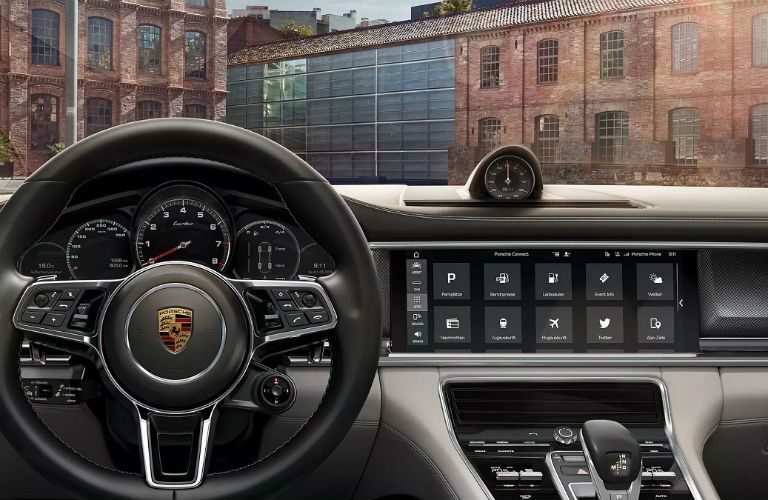 dashboard in porsche panamera