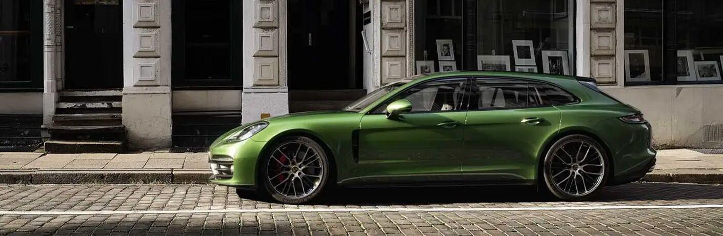 2021 Porsche Panamera side profile