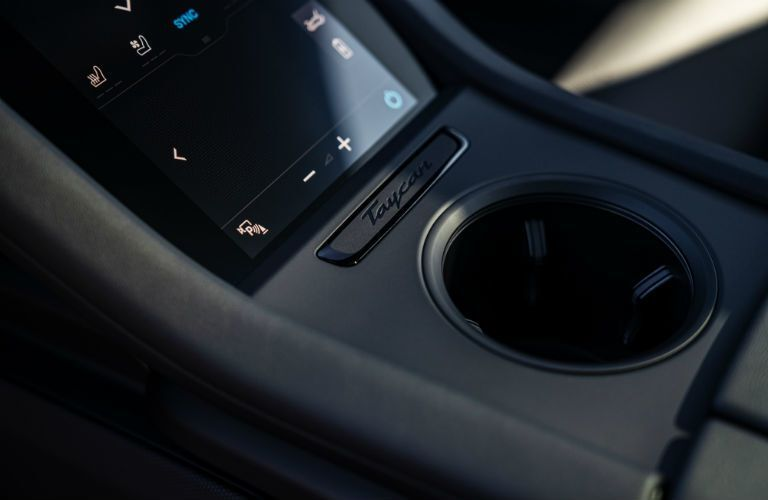Center console in 2021 Porsche Taycan