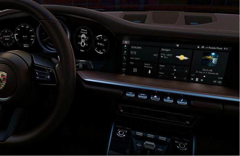 closeup of 2020 porsche 911 interior