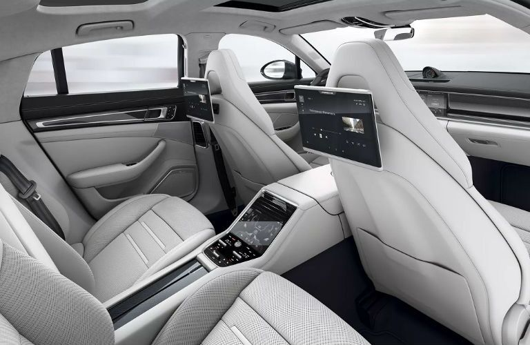 rear seat entertainment and climate control in panamera
