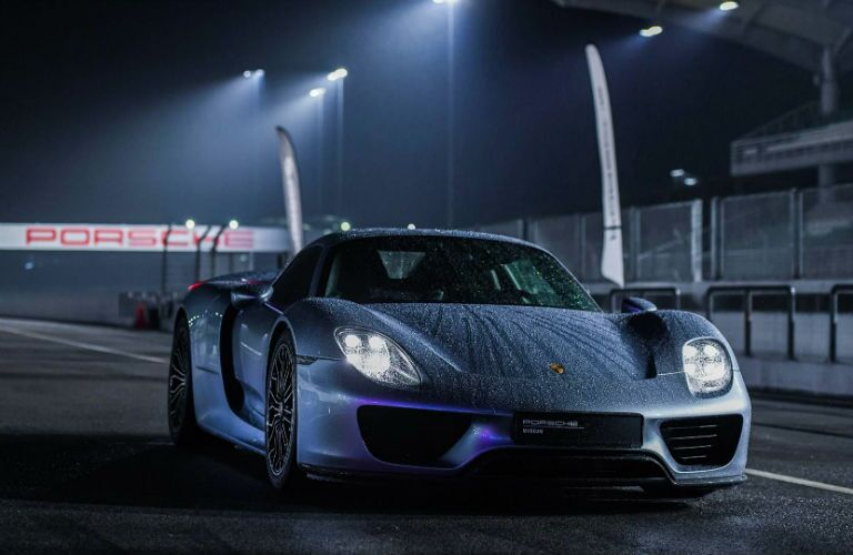 Porsche 918 spyder mission e concept on race track