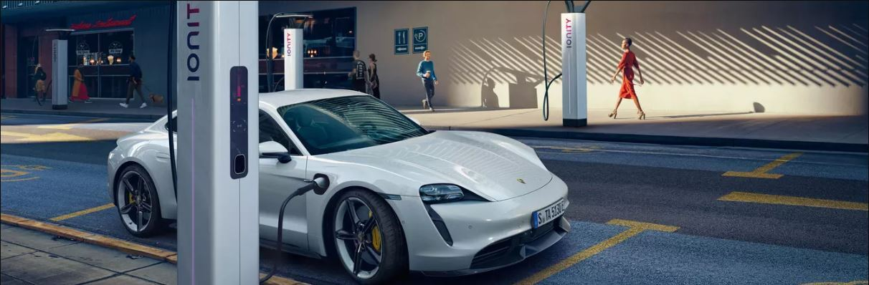 Porsche Taycan Super Charging