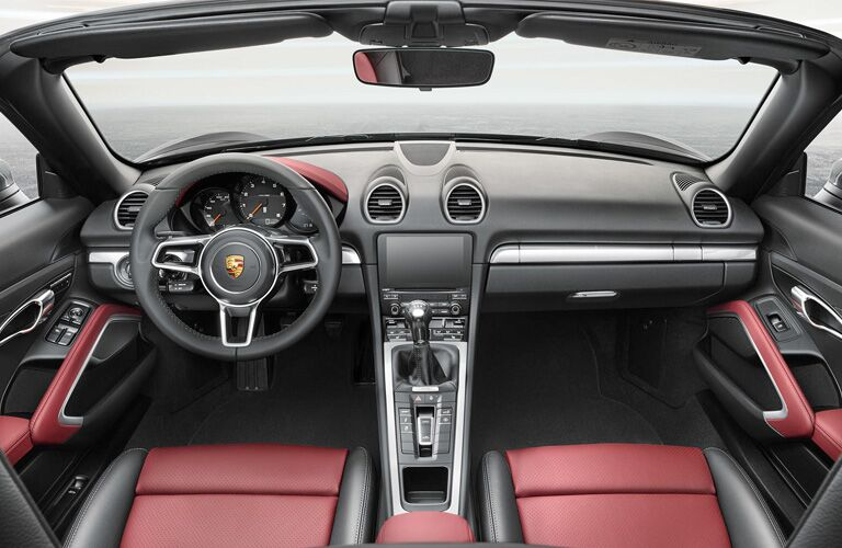 2018 Porsche 718 dash and wheel
