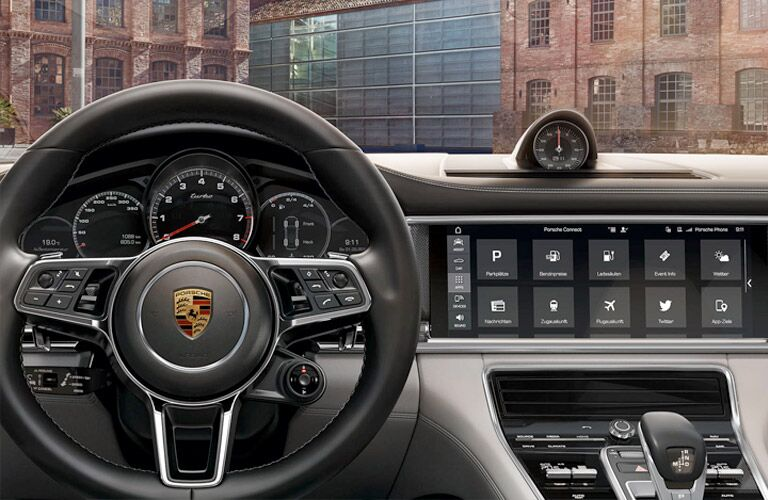 2018 Porsche Panamera steering and dash