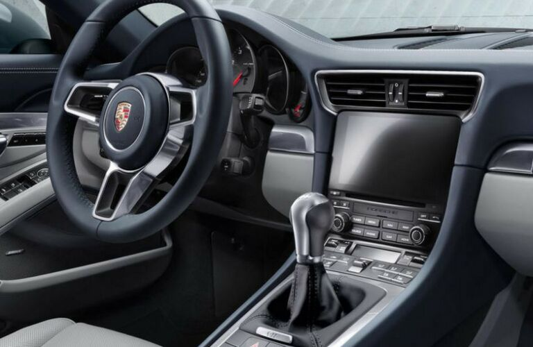Dash and wheel of 2018 Porsche 911