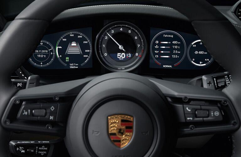 2020 Porsche 911 steering wheel