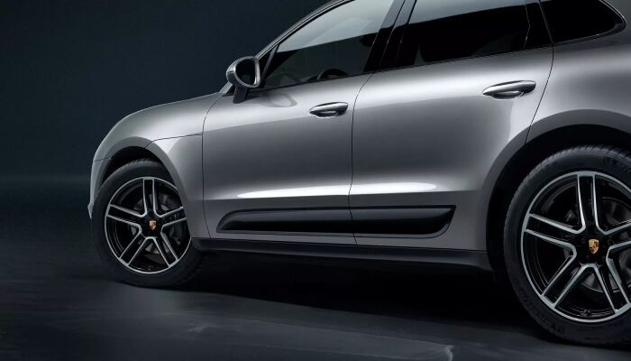 The stylish exterior of the 2019 Porsche Macan