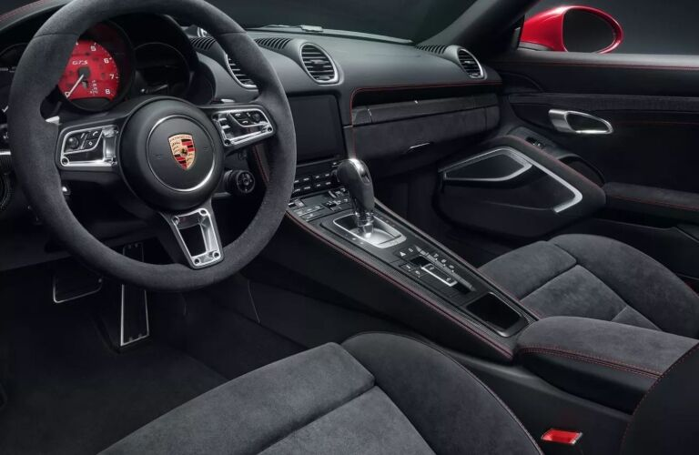 Cockpit view in the 2019 Porsche 718 Cayman GTS