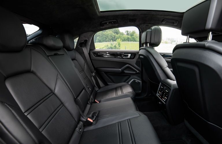 2020 Porsche Cayenne Coupe interior back cabin side view of seats