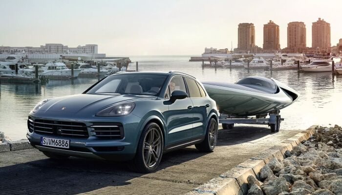 Loeber Porsche offers many specials on new Porsche vehicles for drivers in Chicago, IL
