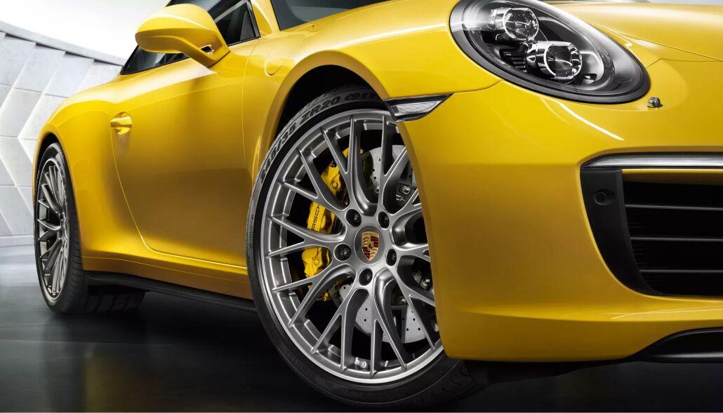 Finance a new Porsche from Loeber Porsche near Golf, IL