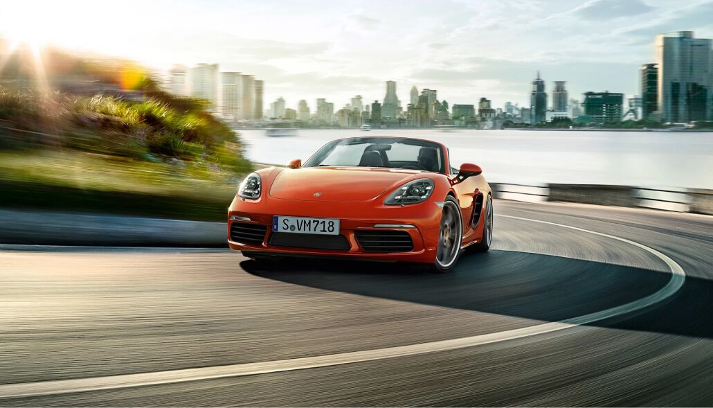 Loeber Porsche has a large inventory of new Porsche vehicles near Golf, IL