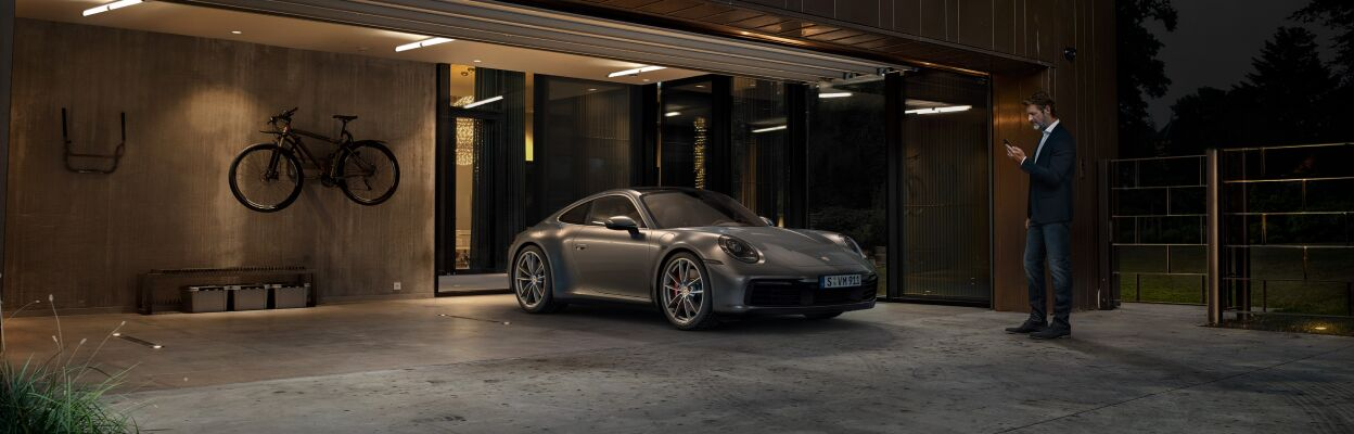 Learn more about the Porsche Connect App