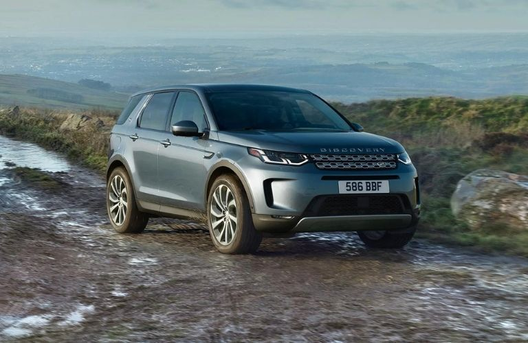 Exterior view of the front of a gray 2021 Land Rover Discovery