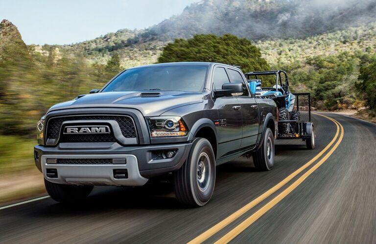 2018 RAM 1500 towing trailer