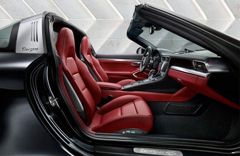 2019 Porsche 911 Targa 4 front interior