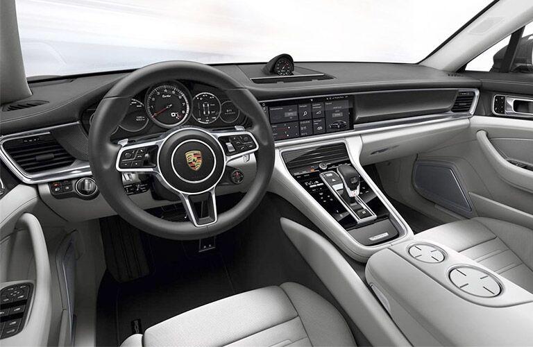 2018 Porsche Panamera front interior