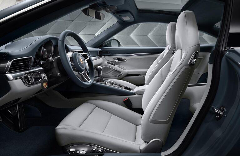 2019 Porsche 911 front interior