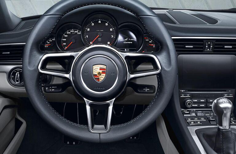 2019 Porsche 911 steering wheel