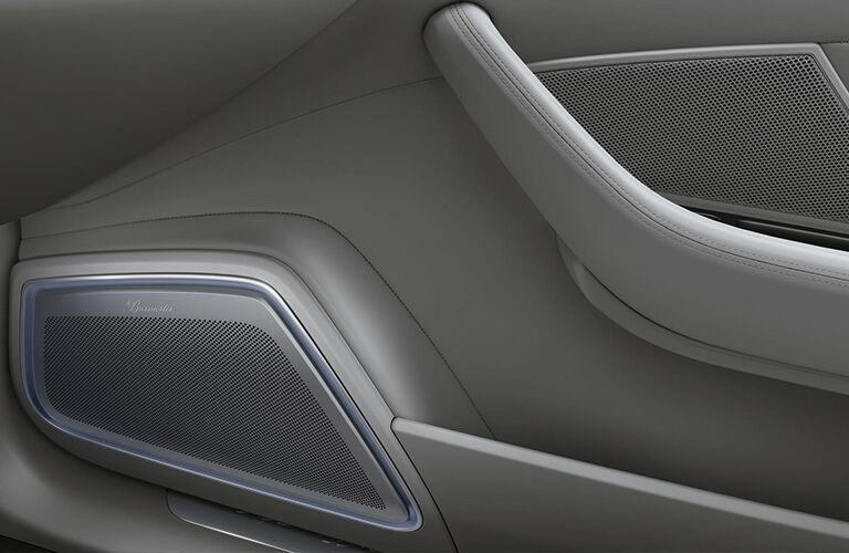 2020 Porsche Panamera speaker system on the door