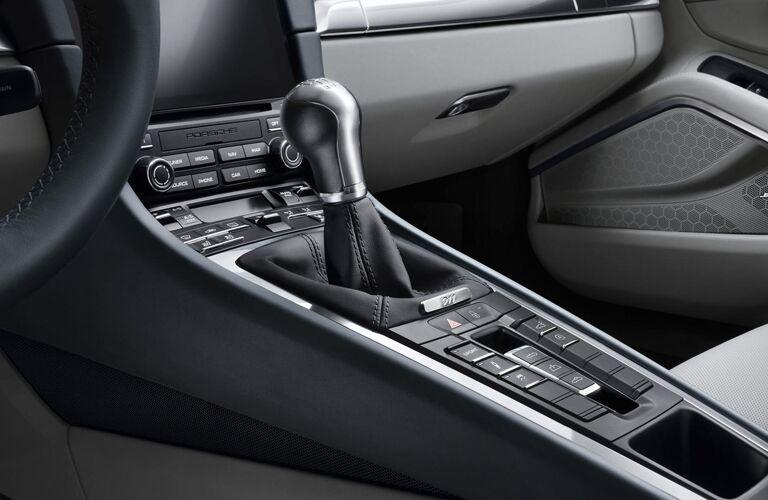 2019 Porsche 911 center console