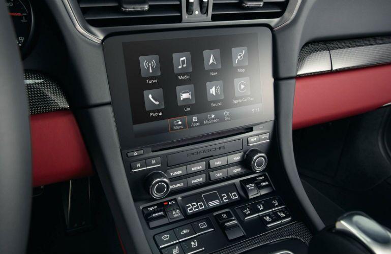 2019 Porsche 911 Turbo infotainment system