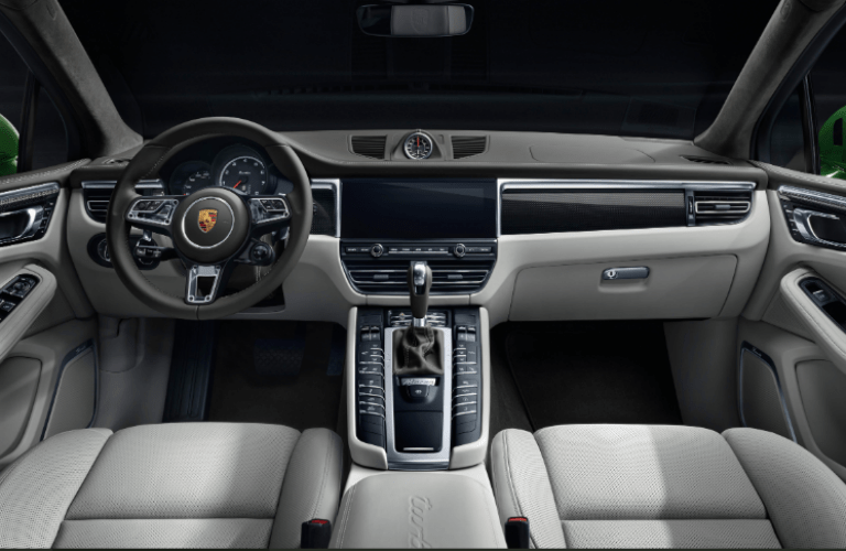 2020 Porsche Macan dashboard