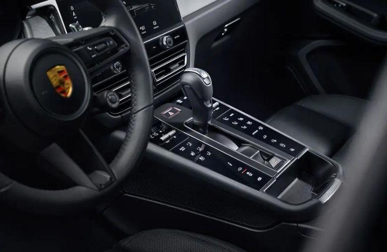 2022 Porsche Macan interior console