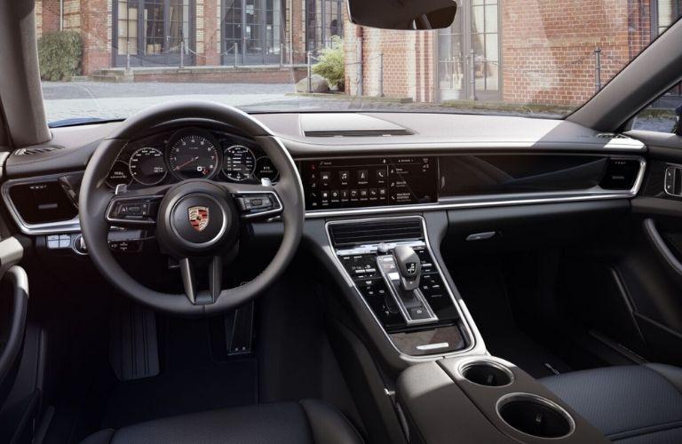 2022 Porsche Panamera front interior view