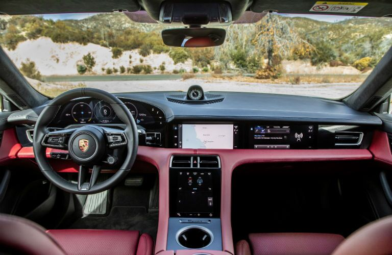 A photo of the dashboard in the 2021 Porsche Taycan.