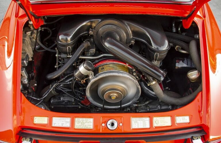 1970 Porsche 911S rear-mounted engine