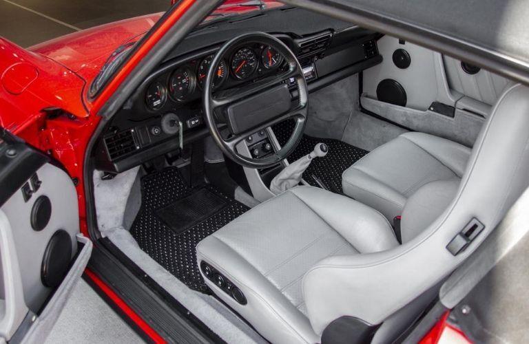 1988 Porsche 911 Carrera Cabriolet interior