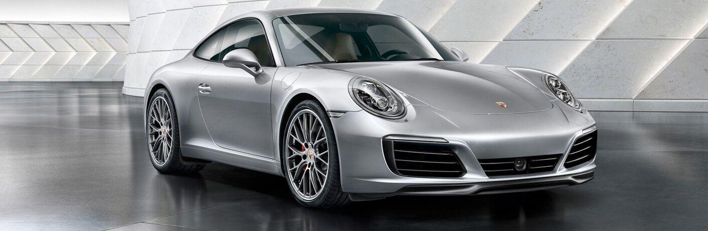 2018 Porsche 911 Carrera exterior profile