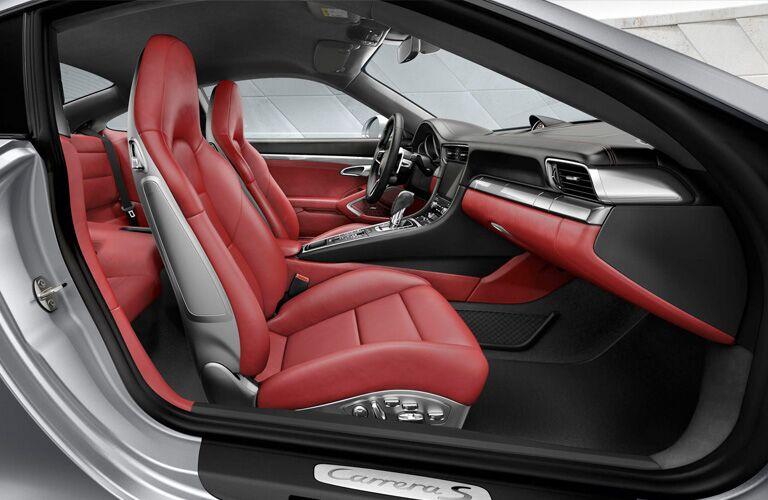 2018 Porsche 911 Carrera front interior