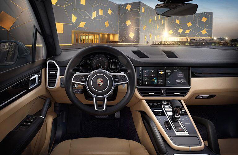 2018 Porsche Cayenne front interior
