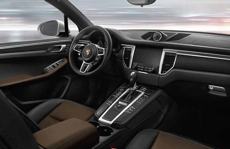 2019 Porsche Macan front interior