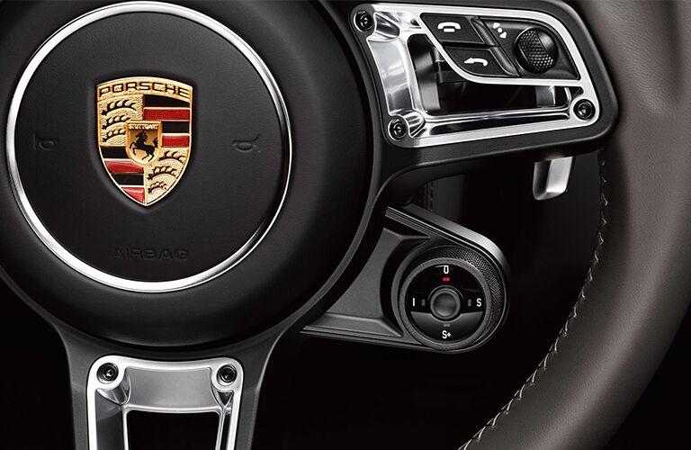 2019 Porsche 718 Boxster steering wheel