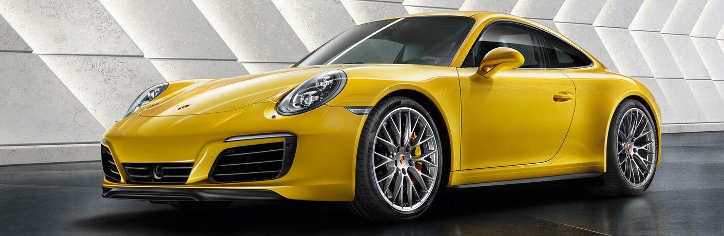 2019 Porsche 911 Carrera exterior profile