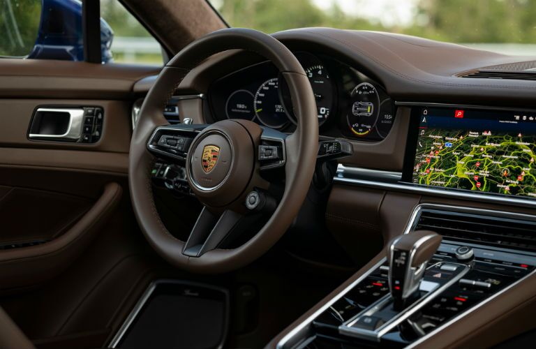 Steering wheel in 2021 Porsche Panamera