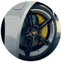 Closeup of wheel on 2021 Porsche taycan