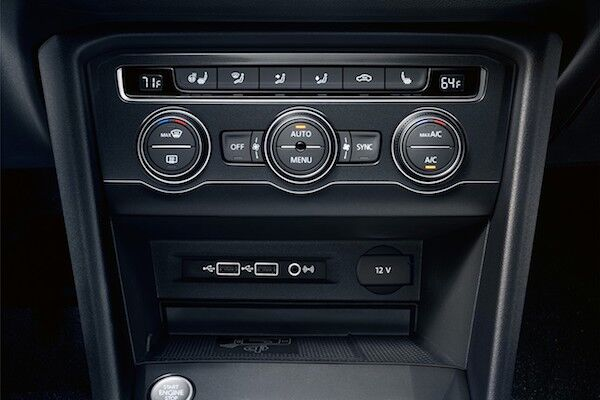 2020 Volkswagen Tiguan dual-zone automatic climate control