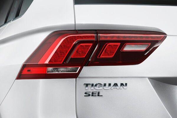 2020 Volkswagen Tiguan LED taillights