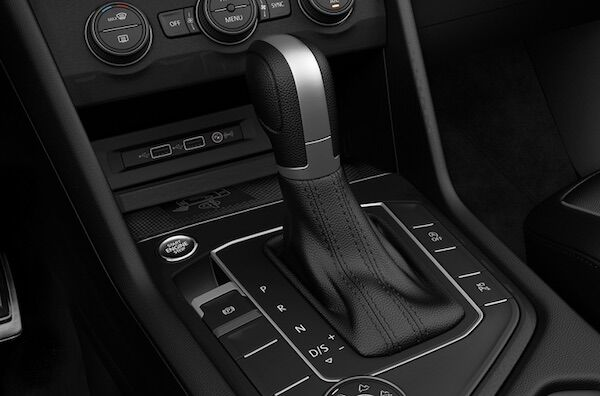 2020 Volkswagen Tiguan 8-speed automatic transmission with Sport mode