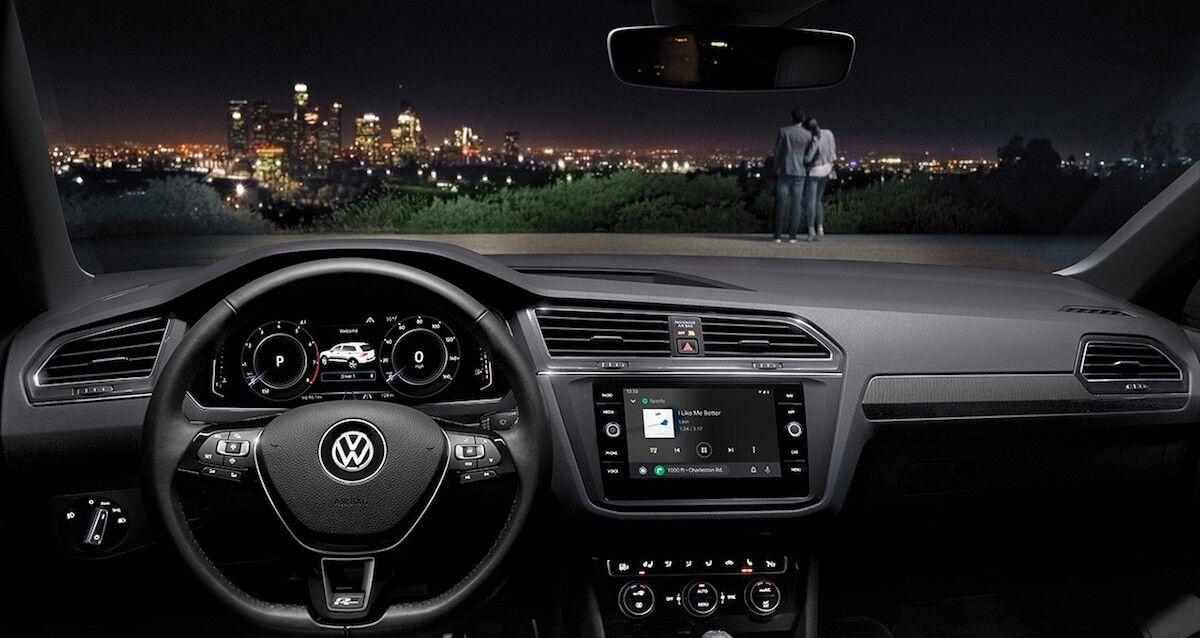 2020 Volkswagen Tiguan technology features