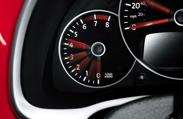 2016 Volkswagen Beetle Elgin IL interior instrument panel