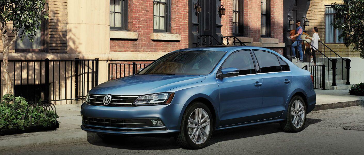 2016 Volkswagen Jetta Elgin IL exterior front angle