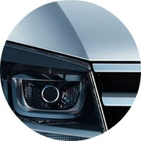 2017 VW Touareg front hood grille and headlight
