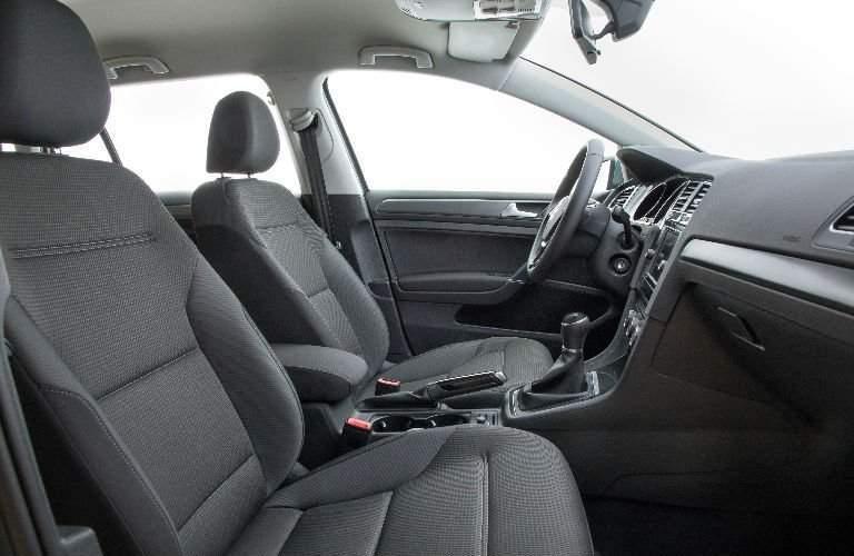 2018 Volkswagen Golf SportWagen Front Seats
